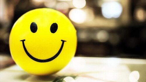 """Hidup Hanya Sekali, maka """" Bahagialah """""""