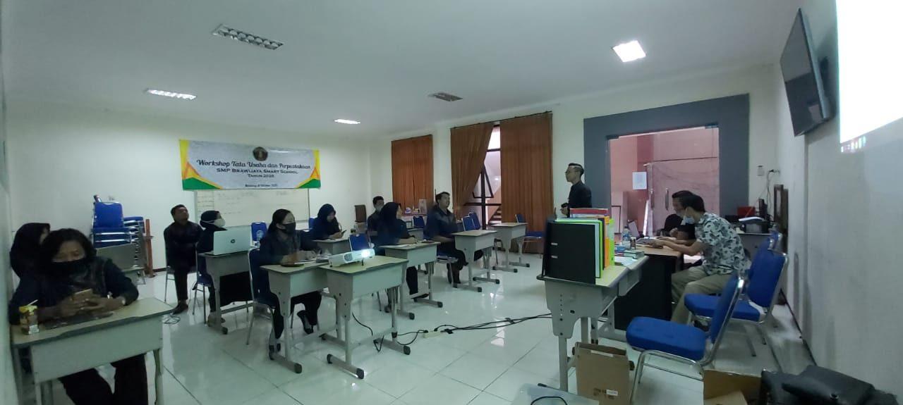 SMP BSS Membentuk Karyawan Profesional